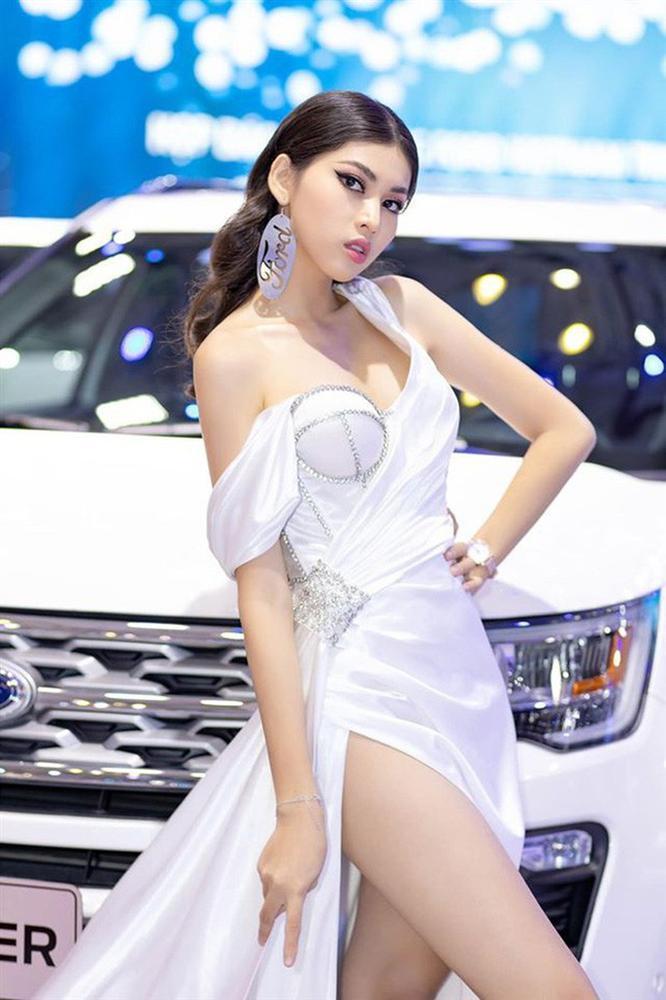 So kè mặt mộc và phong cách đời thường của Top 3 Hoa hậu Việt Nam 2020-18