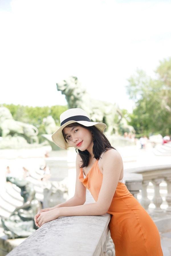 So kè mặt mộc và phong cách đời thường của Top 3 Hoa hậu Việt Nam 2020-11