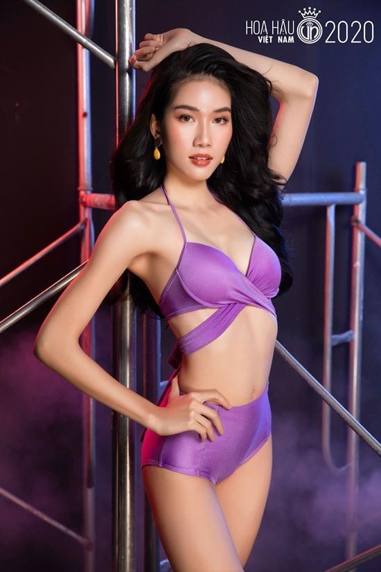 So kè mặt mộc và phong cách đời thường của Top 3 Hoa hậu Việt Nam 2020-10