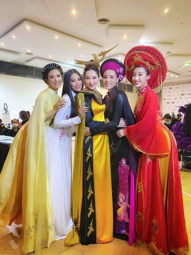 Khoảnh khắc hiếm khi 5 Hoa hậu Việt Nam cùng khoe sắc-1