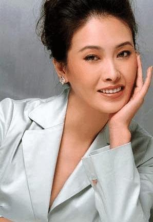Nữ diễn viên báo thù thành công nhất: Sau 8 năm chung sống lại quay ra kết hôn với em của bạn trai-2