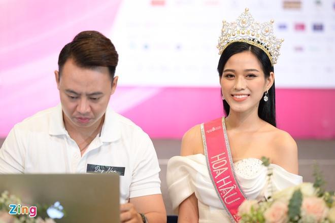 Ảnh đi làm nông giúp gia đình của Hoa hậu Đỗ Thị Hà-7