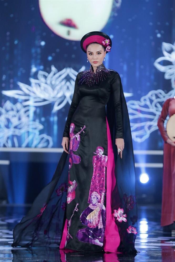 Áo dài trong chung kết Hoa hậu Việt Nam 2020 bị tố đạo nhái ý tưởng-2