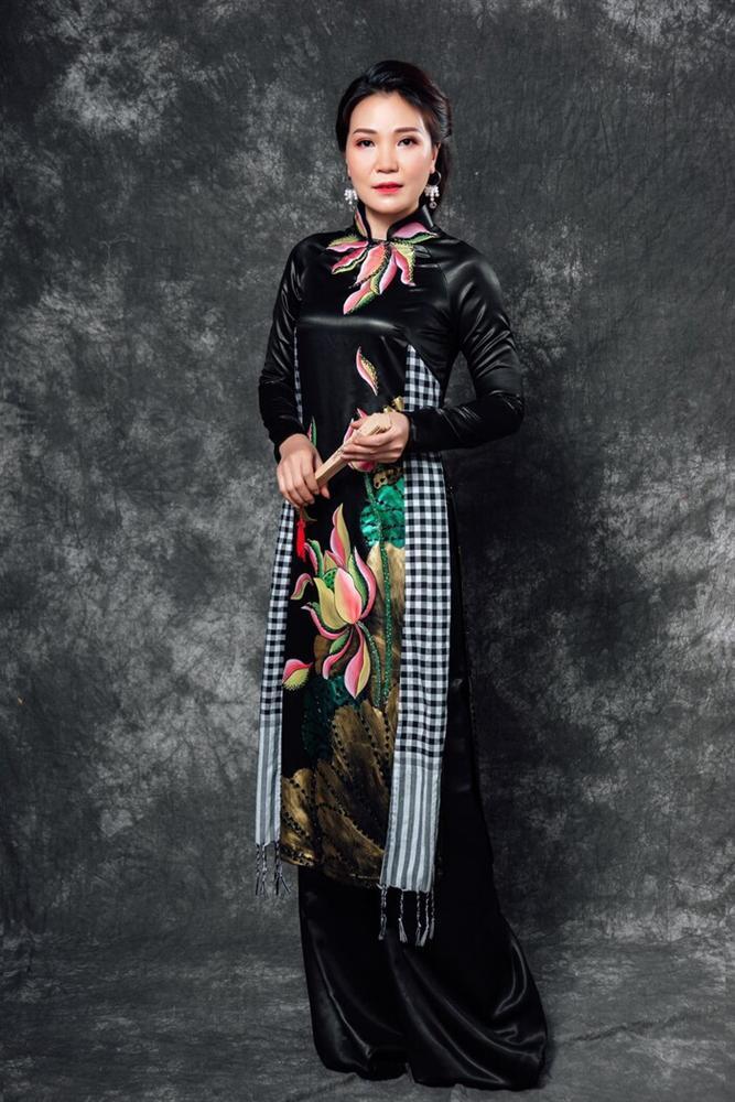 Áo dài trong chung kết Hoa hậu Việt Nam 2020 bị tố đạo nhái ý tưởng-7