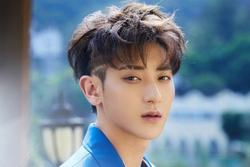 Hoàng Tử Thao 'say như điếu đổ' ca sĩ nữ Hàn Quốc, danh tính khiến fan trầm cảm