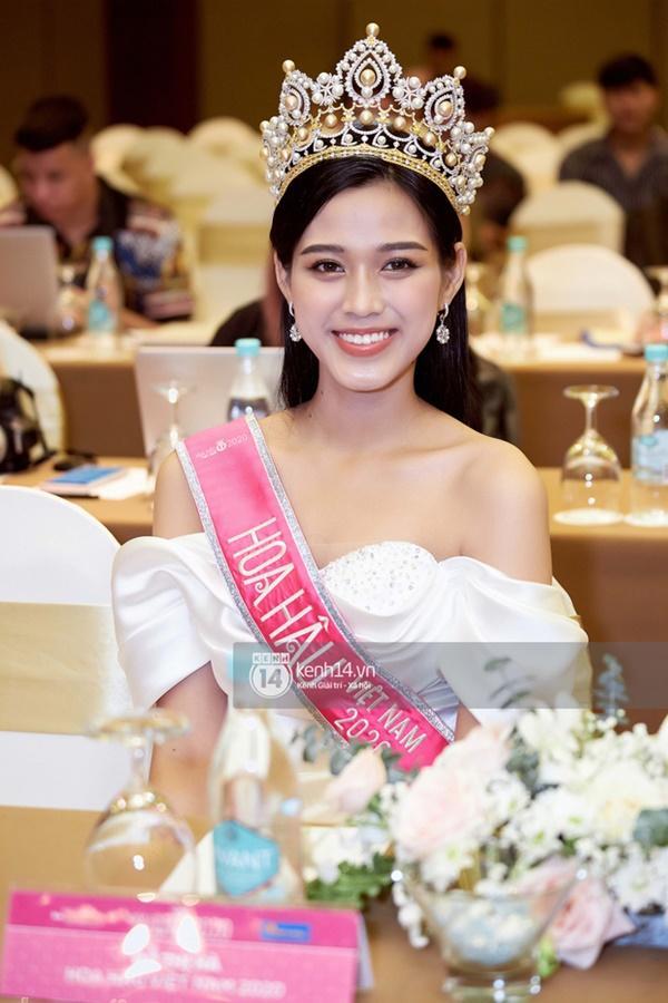 Hồng Quế chê bai Đỗ Thị Hà, công khai ủng hộ thí sinh chỉ lọt Top 15 Hoa hậu Việt Nam-1