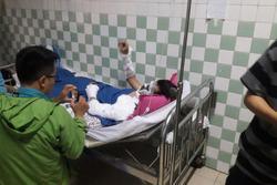 Thanh niên bị tạt axit khi đi chơi với bạn gái ở TP.HCM