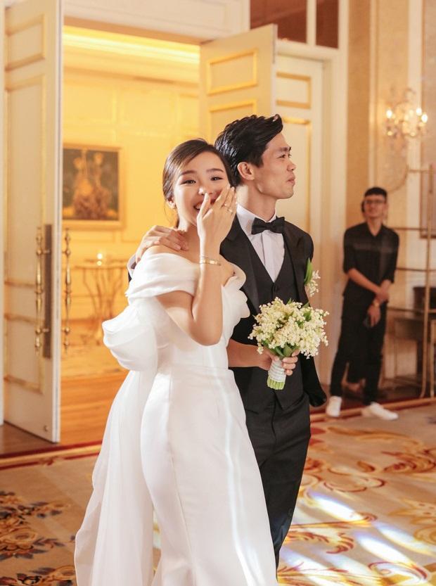 Viên Minh - cô dâu duyên dáng, hiểu chuyện và rất mực được yêu mến của Công Phượng-2