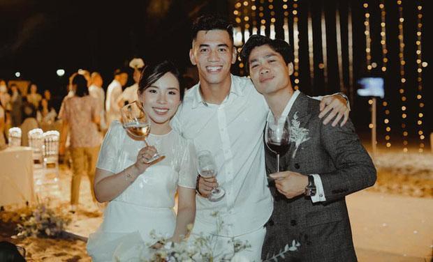 Thêm hành động hơn vạn lời nói Công Phượng dành cho Viên Minh tại hôn lễ ở Phú Quốc-3