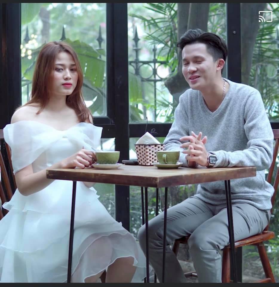 Nhan sắc Hoa hậu Đỗ Thị Hà tham gia gameshow gây tranh cãi: Đại trà, tiêm botox-2