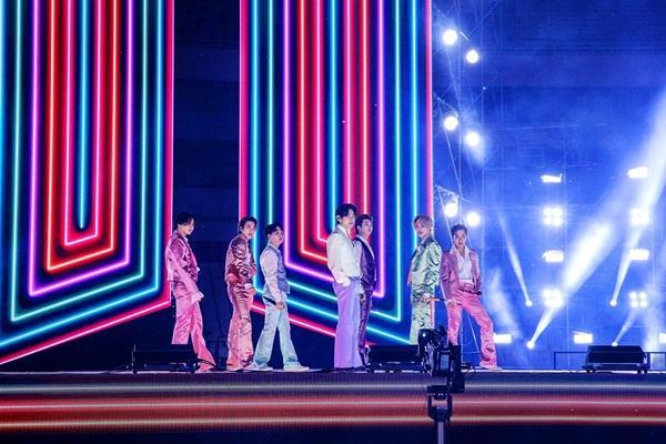 BTS phá đảo American Music Award 2020, nâng vị thế nhóm nhạc số 1 thế giới-2
