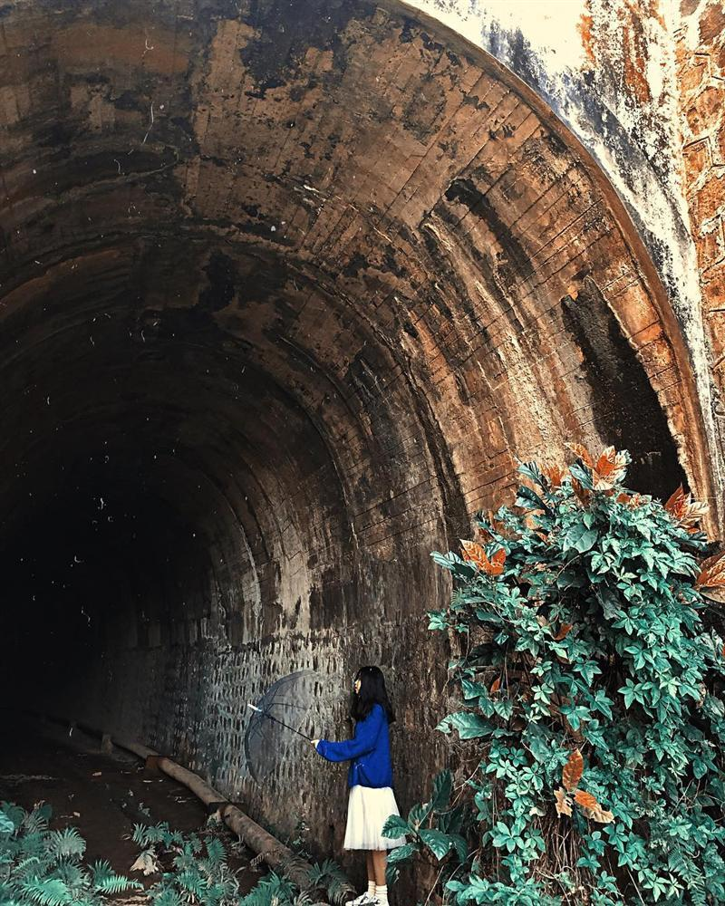 Những địa danh bỏ hoang nhưng lại cực hút giới trẻ ở Đà Lạt-19