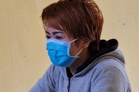 Vụ tra tấn nhân viên như thời Trung cổ ở Bắc Ninh: Bắt khẩn cấp chủ quán bánh xèo-2