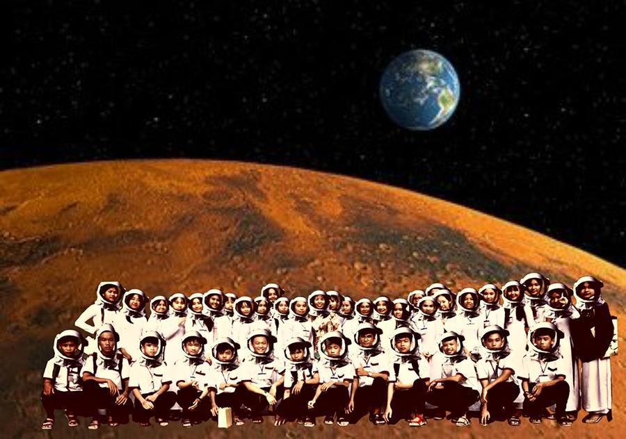 Khi lớp người ta đi du lịch: Du hí trong nước đã là gì, phải lên tận sao Hỏa mới oách!-10