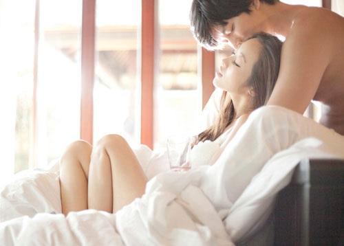 Lên giường phụ nữ biết tạo ma trận yêu kiểu này, đảm bảo đàn ông cứng rắn cỡ nào cũng tan chảy-2