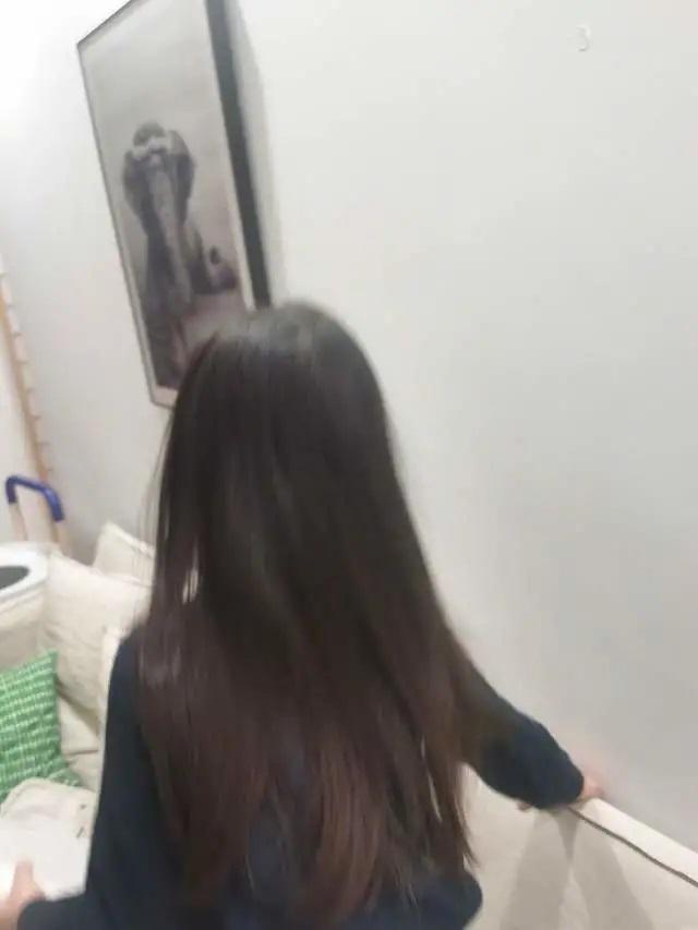 Hơn 4 tuổi đã sở hữu nhan sắc và chiều cao nổi bật, con gái Hoa hậu Thế giới Trương Tử Lâm leo top hot search-3