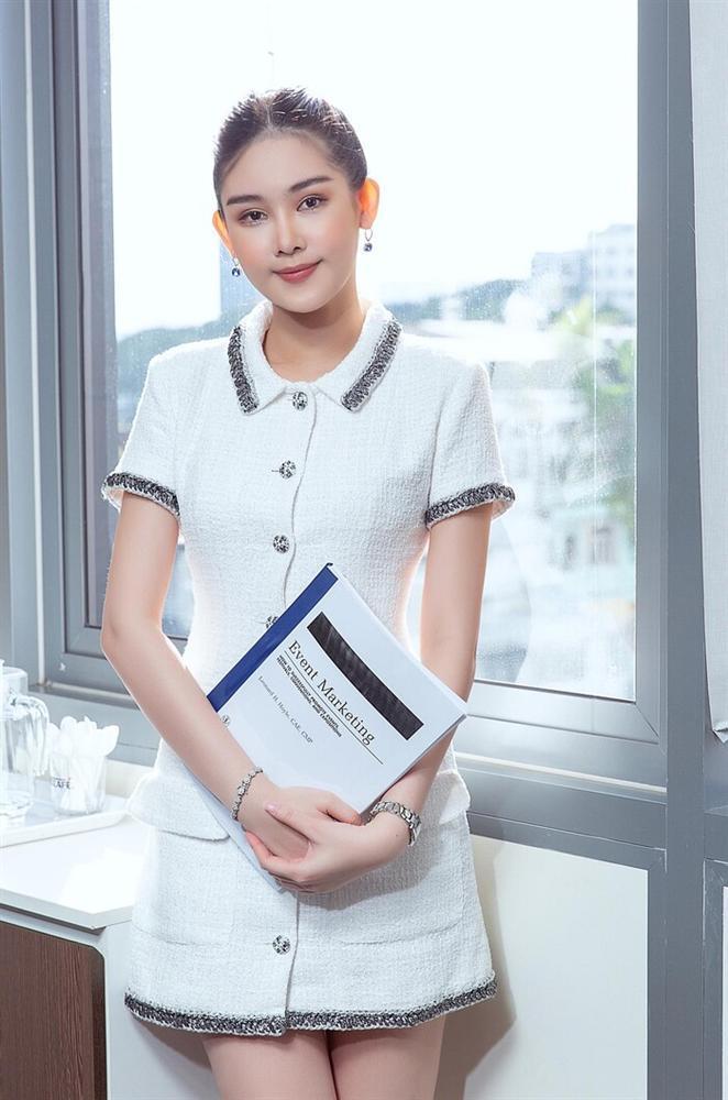 Nhan sắc hiện tại của những Hoa hậu Việt bị chê xấu khi đăng quang, kì lạ thay ngày càng đẹp-12