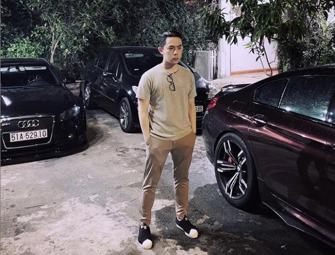 CEO 21 tuổi Tống Đông Khuê sở hữu BST xế hộp gần trăm tỷ đồng-6
