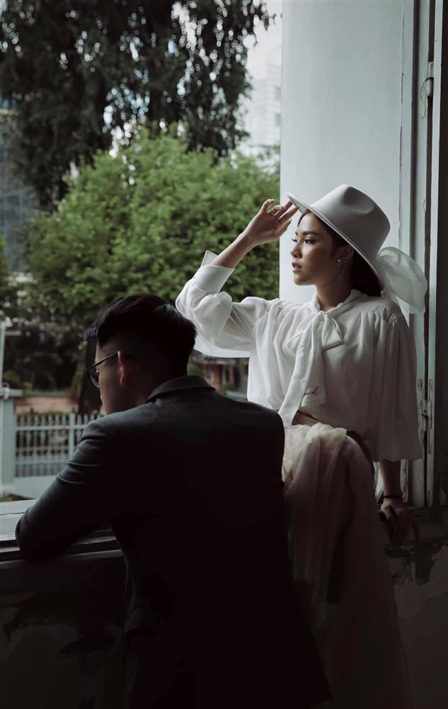 Bạn gái nổi cơn tam bành khi Tống Đông Khuê bị chỉ trích sống phông bạt-5