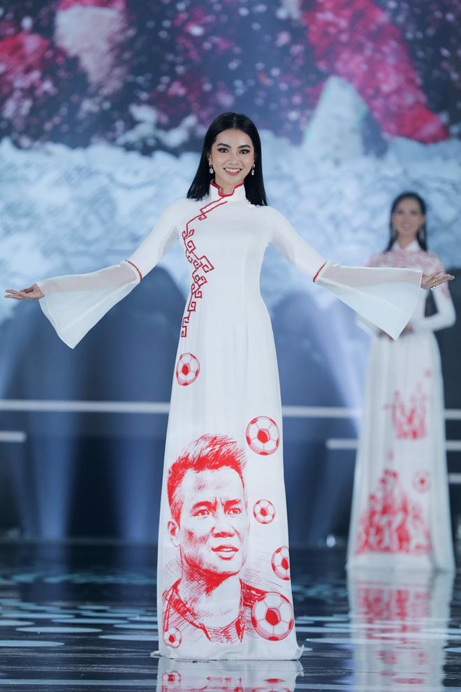 Cẩm Đan - thí sinh nổi bật tại Hoa hậu Việt Nam sở hữu nhan sắc tựa nữ thần Davika Thái Lan-1