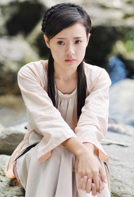 Phan Thành đã là chồng người ta, vậy hôn thê cũ Midu giờ sống ra sao?-10