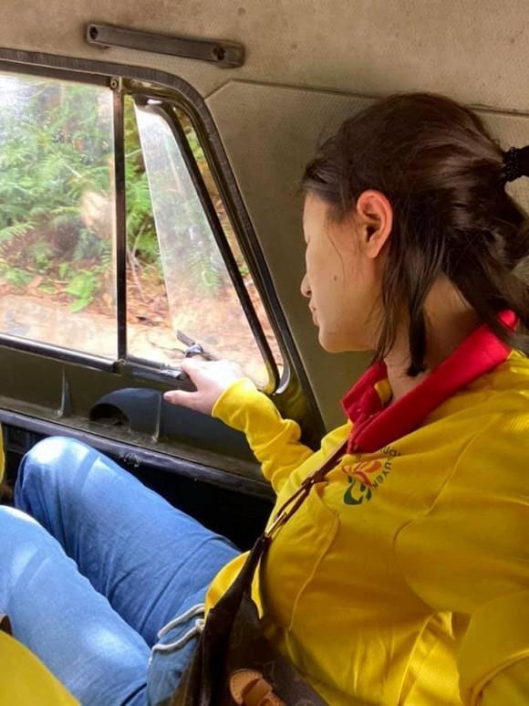 Trang Trần gặp hành trình từ thiện bão táp: Xe vỡ kính, tưởng lao xuống vực-2