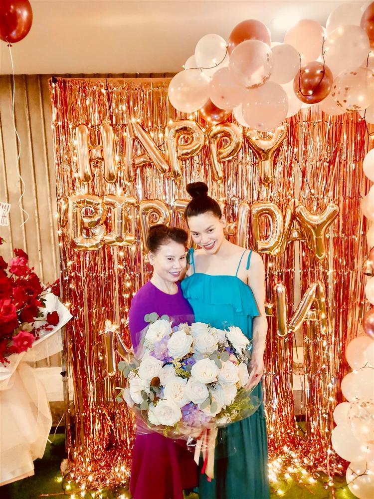 Mẹ Hồ Ngọc Hà làm thơ mừng sinh nhật con gái, 29 câu gói gọn cuộc đời-4