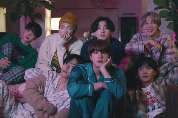 Chưa bao giờ fan BTS yêu Youtube đến thế khi nhìn số view Life Goes On 24 giờ đầu-2