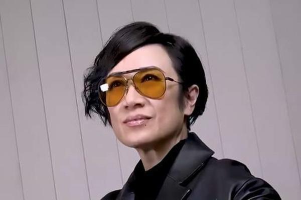 Trải nghiệm ngủ trong túi đựng xác chết không thể quên của nghệ sĩ lão làng TVB-2