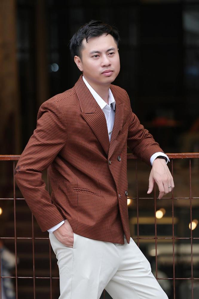 Dương Cầm mang tiền nhà đi đốt khi chơi lớn với Bandland Fest 2020-1