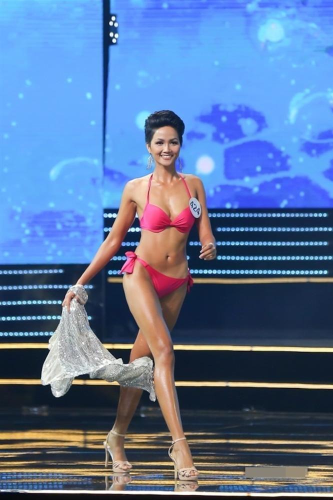 Số đo vòng 1 của Hoa hậu Việt lúc đăng quang, Đỗ Thị Hà có vòng ngực nhỏ nhất-15