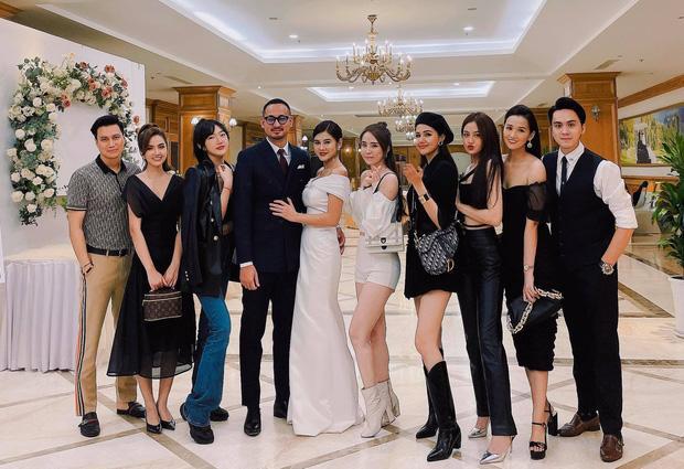 Clip: MC Thu Hoài quẩy banh nóc trong đám cưới với ông xã doanh nhân-1