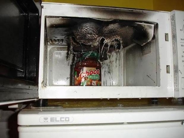 Những thảm họa nấu ăn với lò vi sóng của hội ngáo ngơ khiến ai nhìn xong cũng phải hết hồn-8