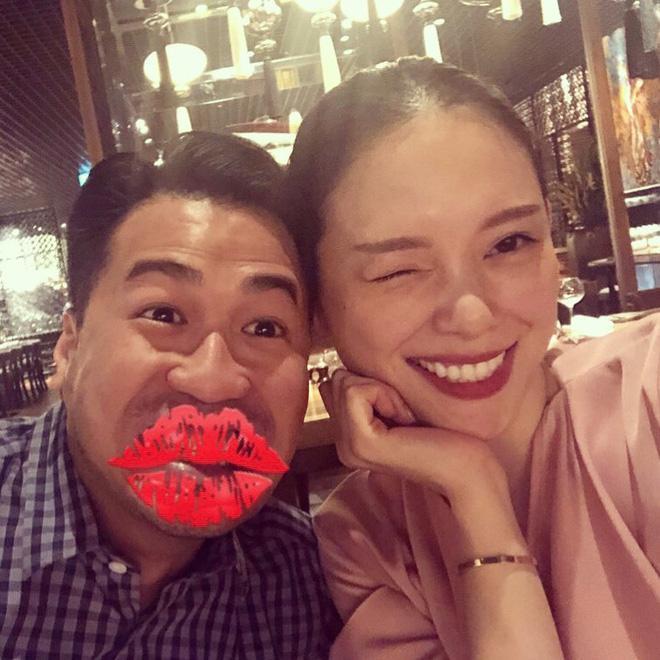 Linh Rin - Phillip Nguyễn gây chú ý khi tham dự tiệc gia đình là ôm ấp không rời-8