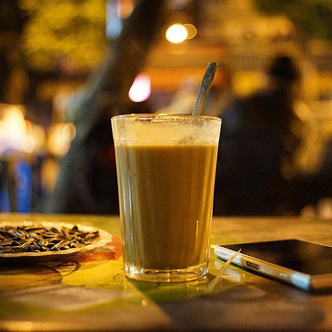 Gió lạnh về, thưởng thức ngay những thức uống nóng hổi vừa thổi vừa xuýt xoa này ở Hà Nội-9