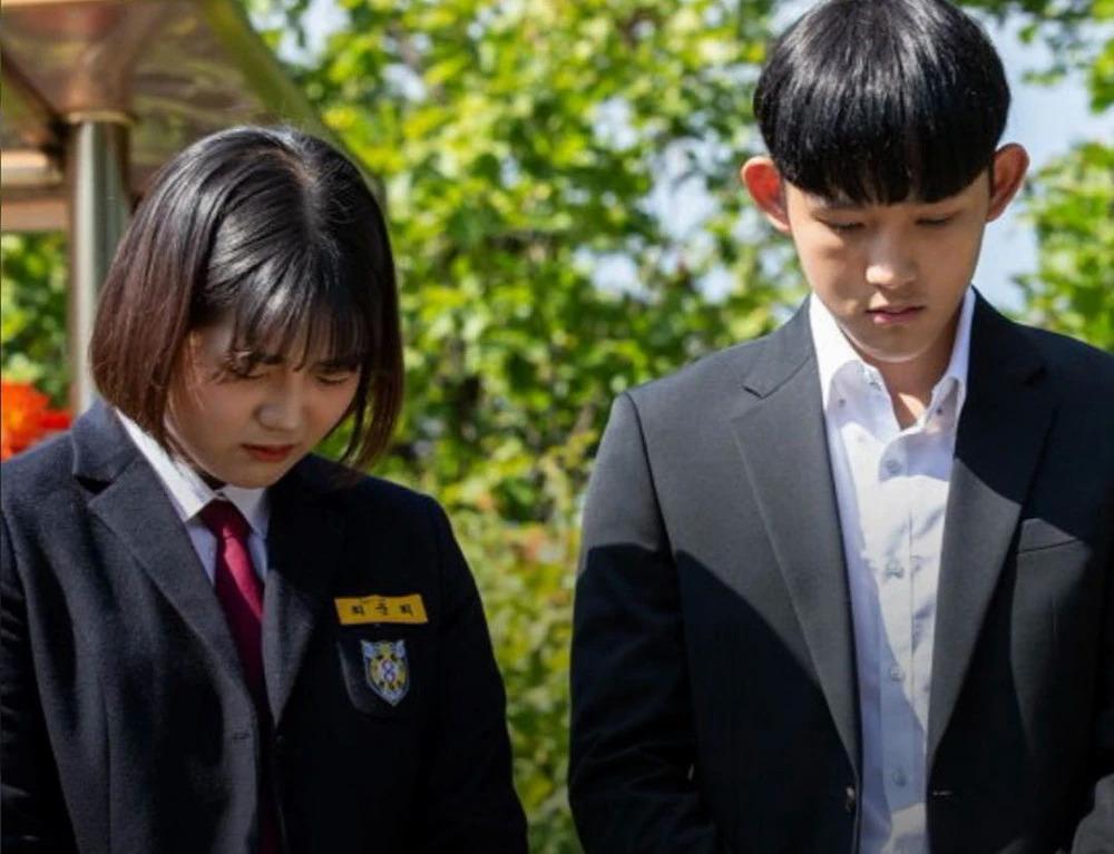 Con trai Choi Jin Sil: Tôi chưa thoát khỏi bóng đen tự tử của mẹ-3
