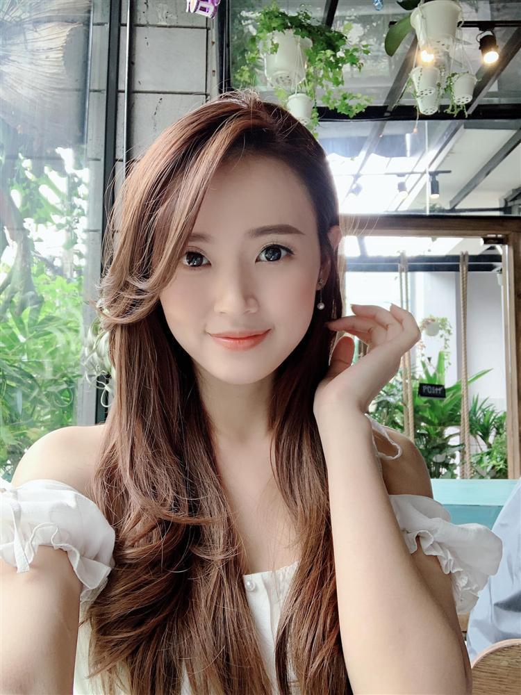 Hương Tràm hậu thẩm mỹ xinh xuất sắc - Thụy Vân mặt lộ nguyên chảo dầu-9