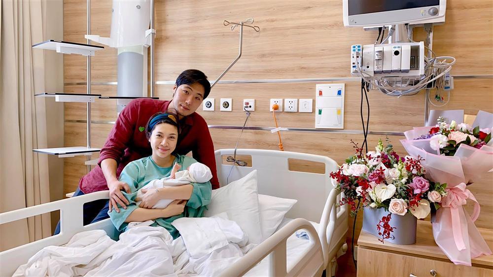 Mẹ chồng siêu mẫu của Pha Lê ung thư giai đoạn cuối, đã 1 tháng hôn mê-4