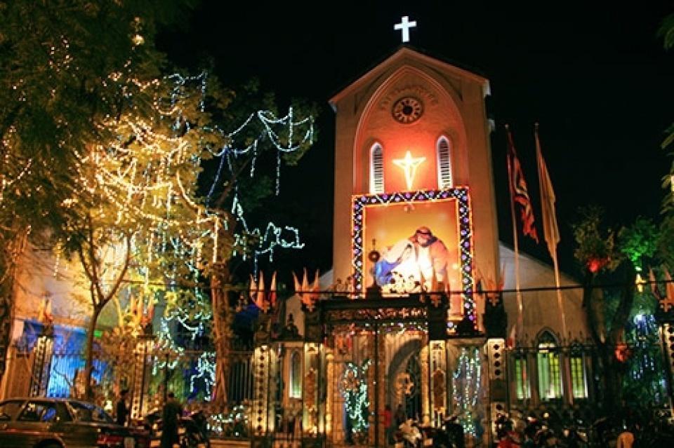 Địa điểm vui chơi dịp Giáng sinh 2020 tại Hà Nội-4