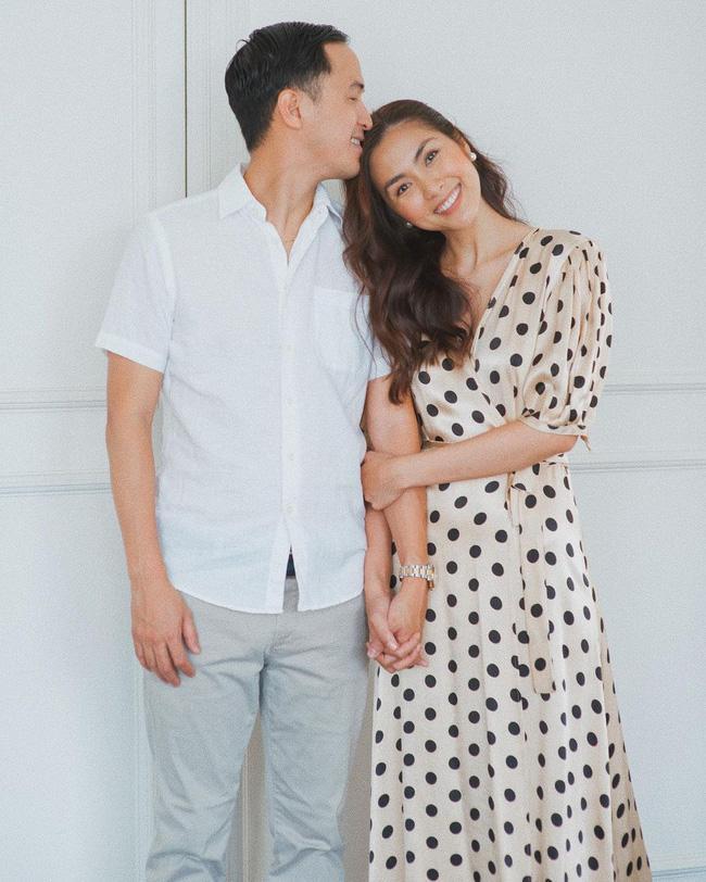 Sánh bước bên ông xã, Hà Tăng lên đồ xuất sắc bảo sao Louis Nguyễn nghiện vợ đến thế-2