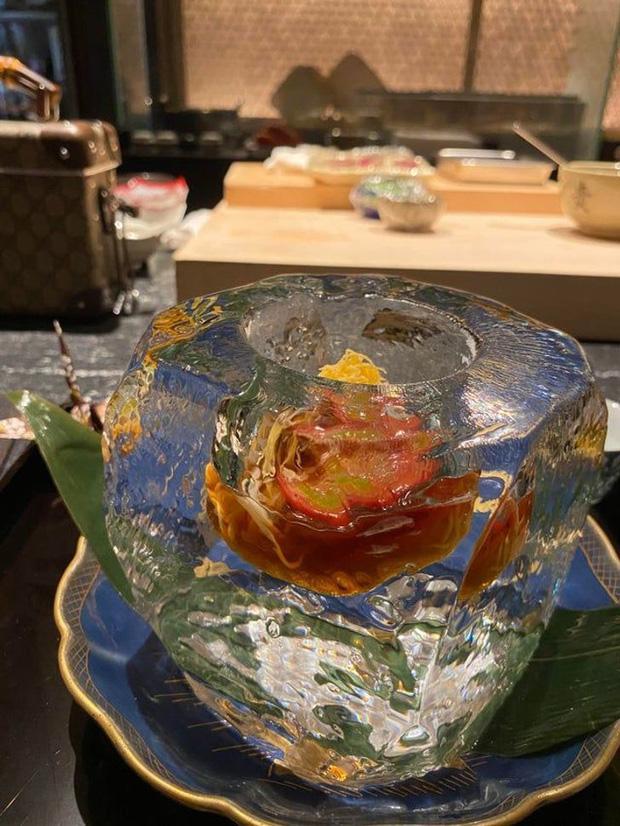 Đứng hình với phong cách phục vụ món ăn của các nhà hàng khiến thực khách một đi không trở lại-3