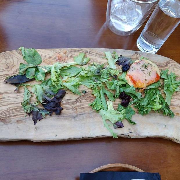Đứng hình với phong cách phục vụ món ăn của các nhà hàng khiến thực khách một đi không trở lại-10