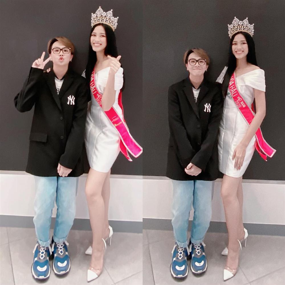 Tân Hoa hậu Việt Nam Đỗ Thị Hà lộ gương mặt xuống sắc khác lạ-1
