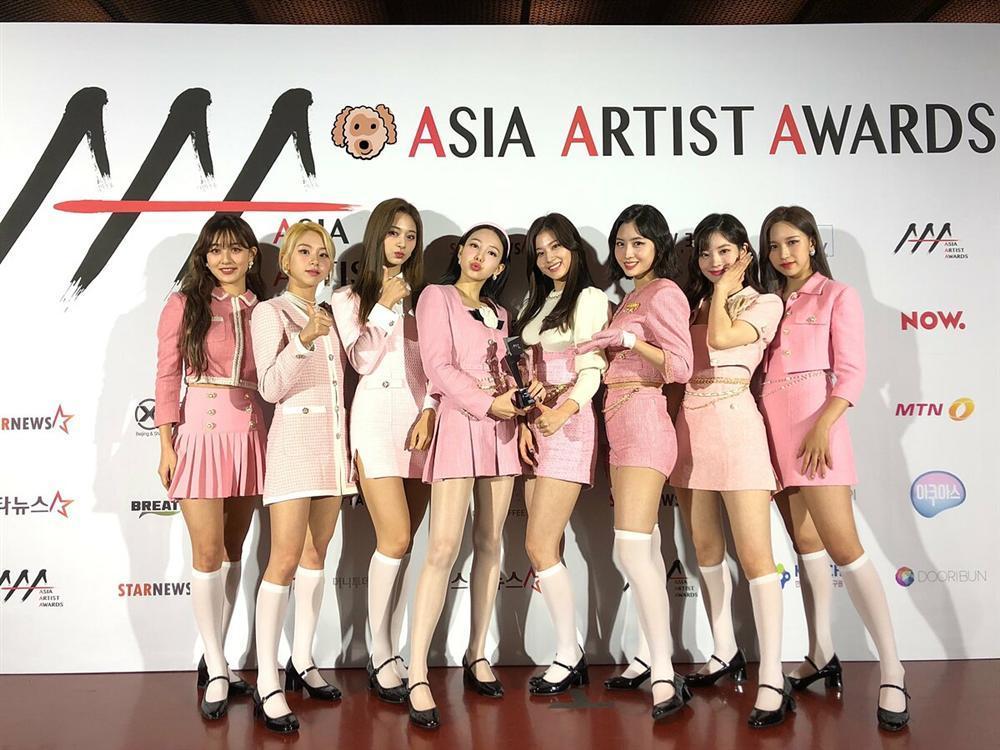 Kết quả AAA 2020: Nhiều giải vô nghĩa, BTS ngồi nhà cũng đoạt Daesang-4