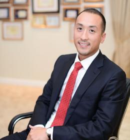 Phillip Nguyễn khoe ảnh hiếm bên bố tỷ phú và anh cả kín tiếng định cư ở nước ngoài-2