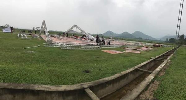 Hình ảnh đầu tiên đám cưới Công Phượng ở Nghệ An: Rạp siêu rộng, dựng trước gần 1 tuần-4