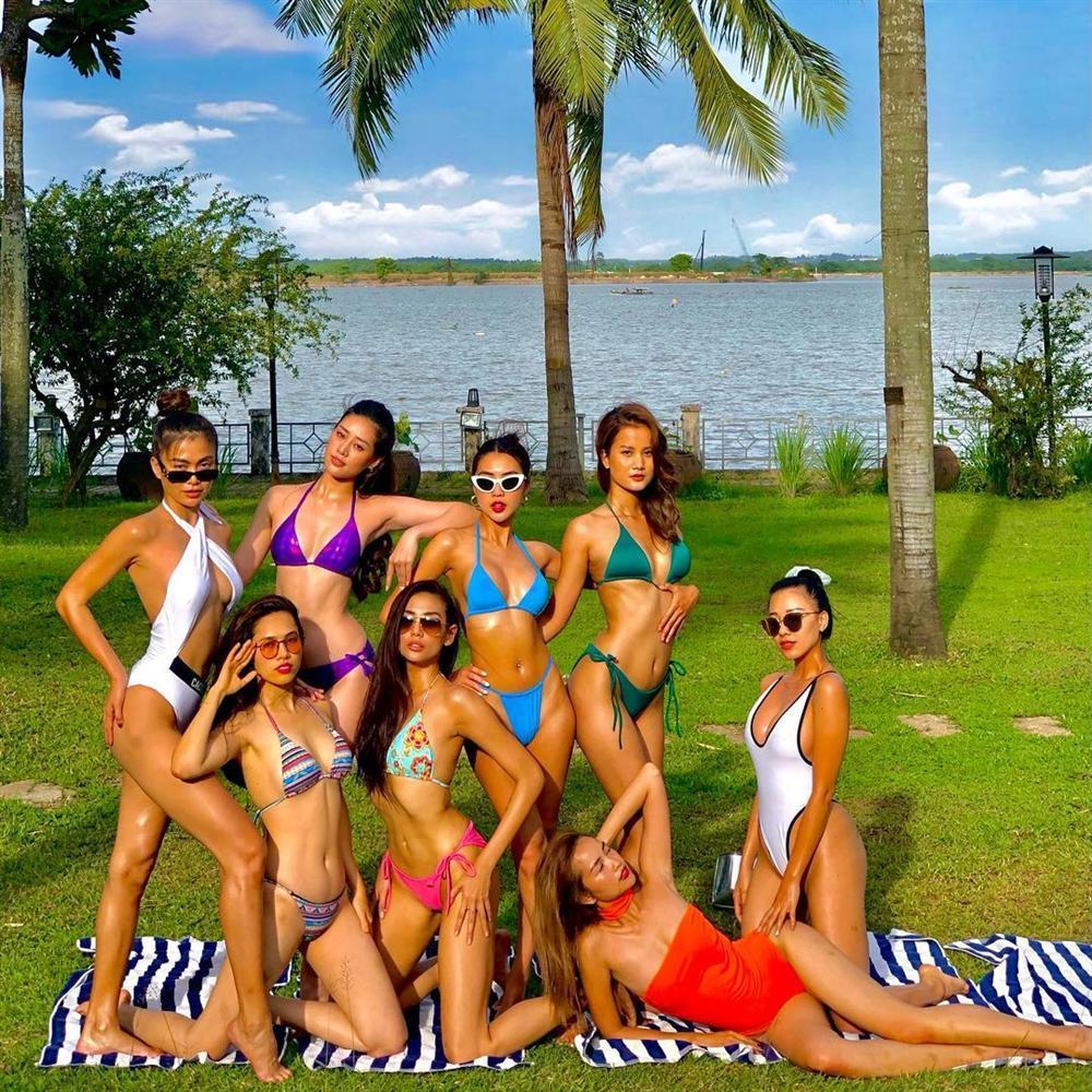 Hoa hậu Sắc đẹp Châu Á Tường Linh lộ bằng chứng nâng ngực khó chối-1