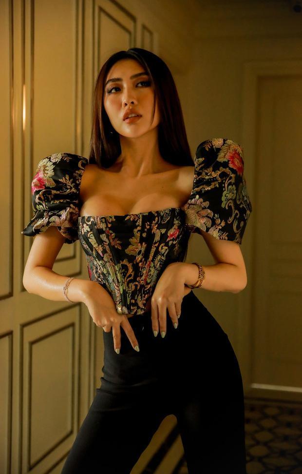 Hoa hậu Sắc đẹp Châu Á Tường Linh lộ bằng chứng nâng ngực khó chối-9
