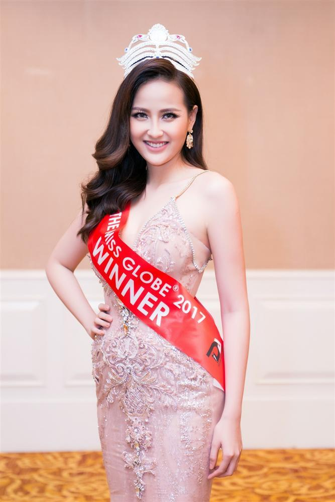 Đỗ Trần Khánh Ngân - Hoa hậu số nhọ nhất thế giới-8