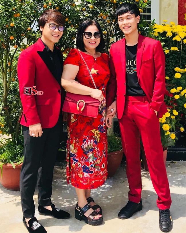 Lộ diện mẹ chồng tương lai quyền lực của Hòa Minzy-3
